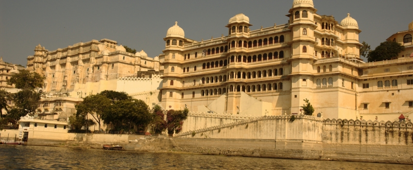 SALIDAS GRUPALES A LA INDIA, JOYAS DE RAJASTHAN DESDE ARGENTINA - Agra / Delhi / Fatehpur Sikri / Fuerte Amber / Jaipur / Jodhpur / Pushkar / Ranakpur / Udaipur /  - Buteler Viajes