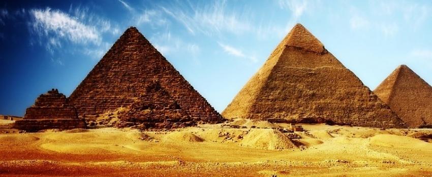 VIAJES GRUPALES A EGIPTO, JORDANIA Y DUBAI DESDE ARGENTINA