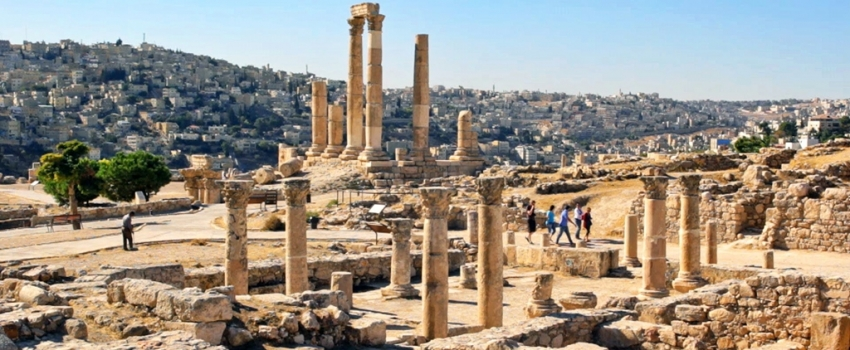 PAQUETES DE VIAJES GRUPALES A JORDANIA Y DUBAI - Dubái / Ajloun / Amman / Gerasa / Madaba / Mar Muerto / Monte Nebo / Petra / Uadi Rum /  - Buteler Viajes